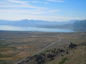 Another photo of the beautiful Mono Lake