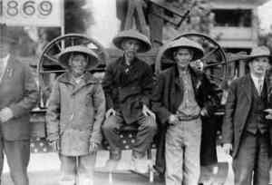 Chinese transcontinental railroad workers (Source: Smithsonian Asian Pacific American Center)